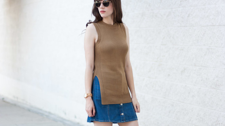 Everlane-Knit-Tank-Shwood-Sunglasses-800x1200