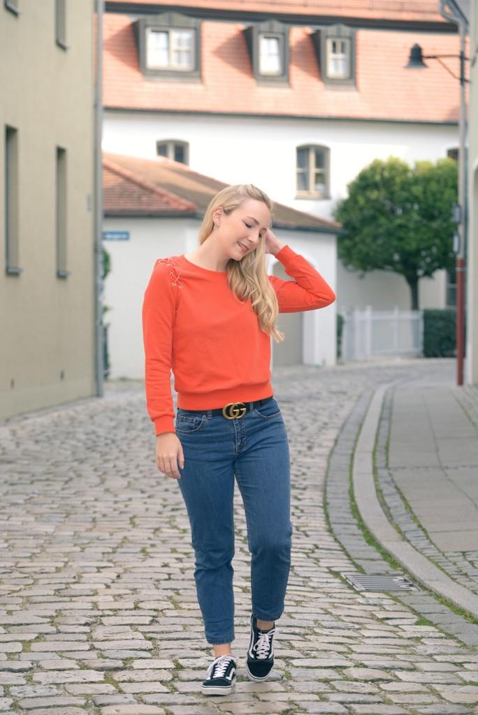 NewchicOrangeSweater1